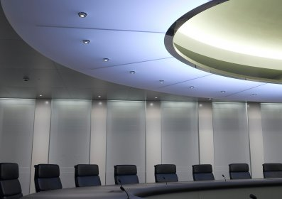zurich_financial_services_boardroom_01a